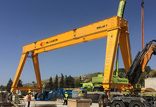 Export to Israel 20+20 ton double winch rubber tyre gantry crane