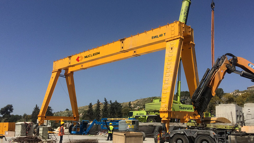 Export to Israel 20+20 ton double winch rubber tyre gantry